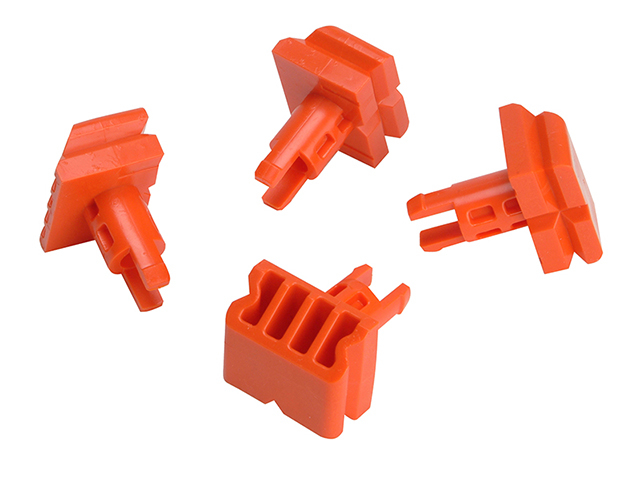 Black & Decker X40400 Vice Pegs for Workmate Pack of 4 B/DX40400