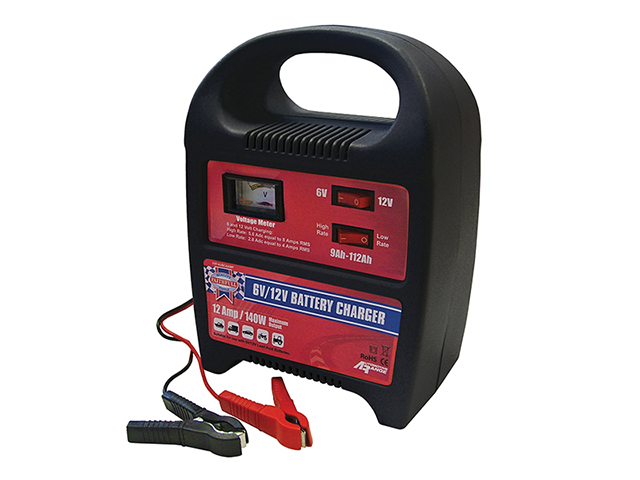 Faithfull Power Plus Vehicle Battery Charger 9-112ah 8 amp 240V FPPAUBC8AMP