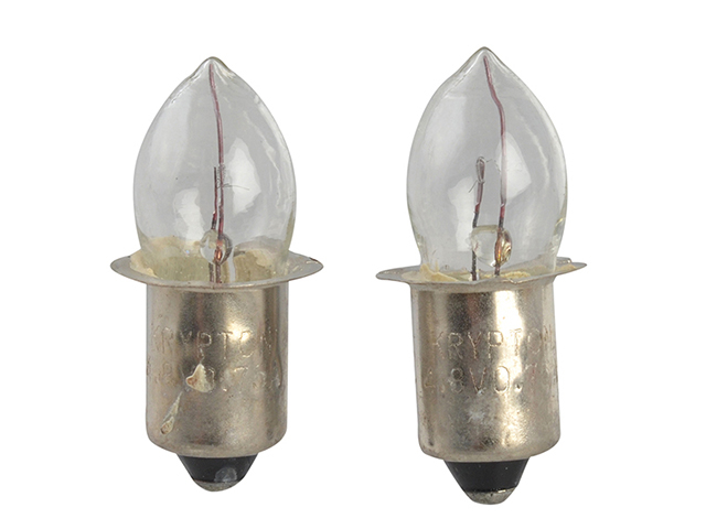 Lighthouse Krypton Bulbs (2) 4.8v Push (T996) L/HT996B