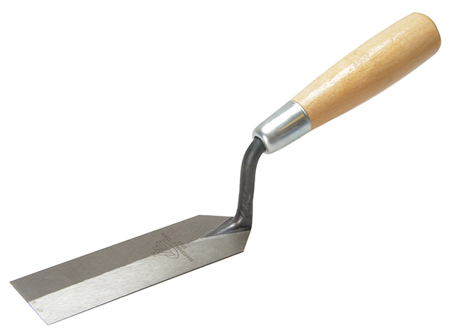Marshalltown 54 Margin Trowel Wooden Handle 5 x 1.1/2in M/T54