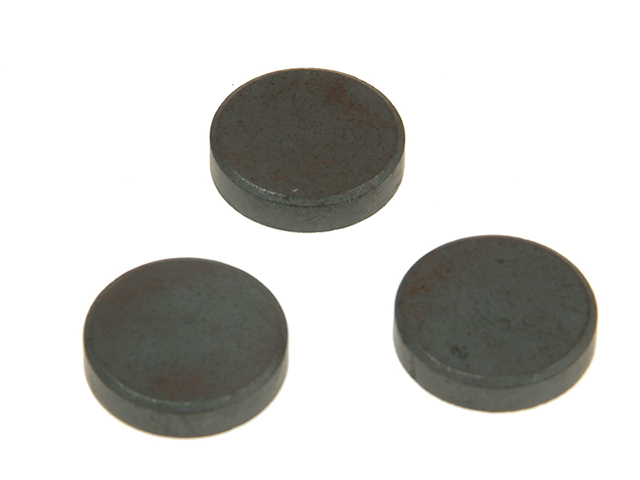 E-Magnets 600 Ferrite Disc Magnet 14mm (Card of 10) MAG600