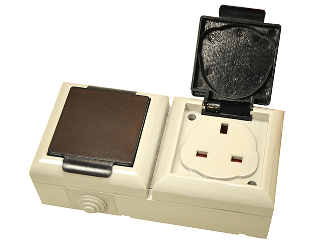SMJ IP54 Outdoor Socket 13A 2-Gang SMJEP213B